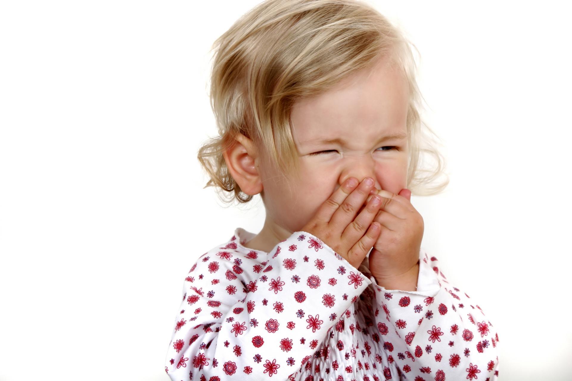 Ларингоспазм: неотложная помощь, причины и симптомы