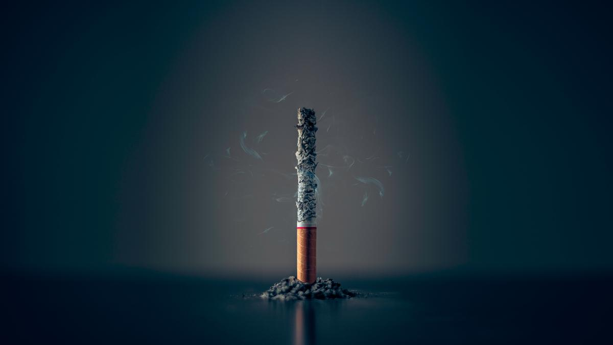 Пассивное курение вреднее активного