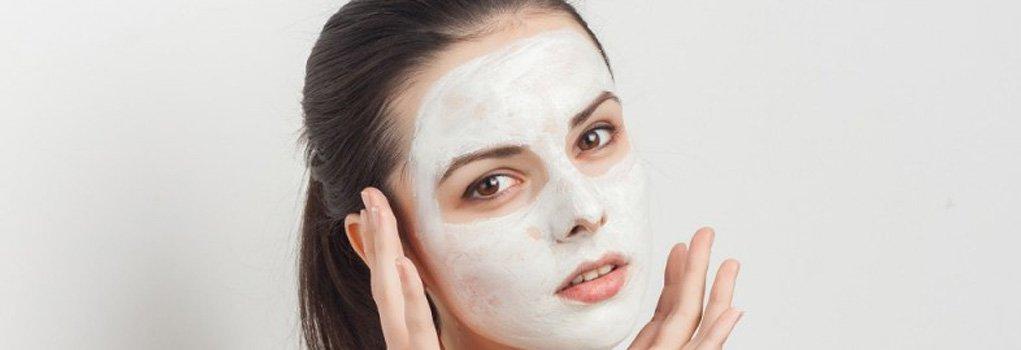 Лучшие увлажняющие маски для лица: hand made и профессиональный уход