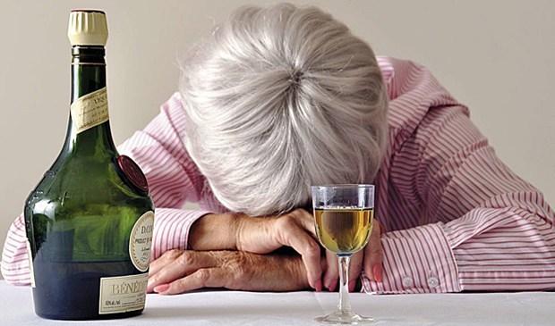 Алкогольная деменция: симптомы и возможные последствия. алкогольная деменция как следствие длительного злоупотребления алкоголем