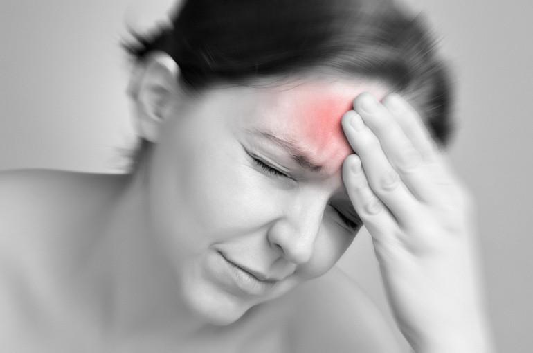 """Презентация на тему: """"менингиты. менингеальный симптомокомплекс.. менингит - это воспаление оболочек головного и спинного мозга. лептоменингит – это воспаление мягкой и паутинной."""". скачать бесплатно и без регистрации."""