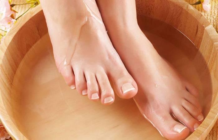 Можно ли при бронхите попарить ноги