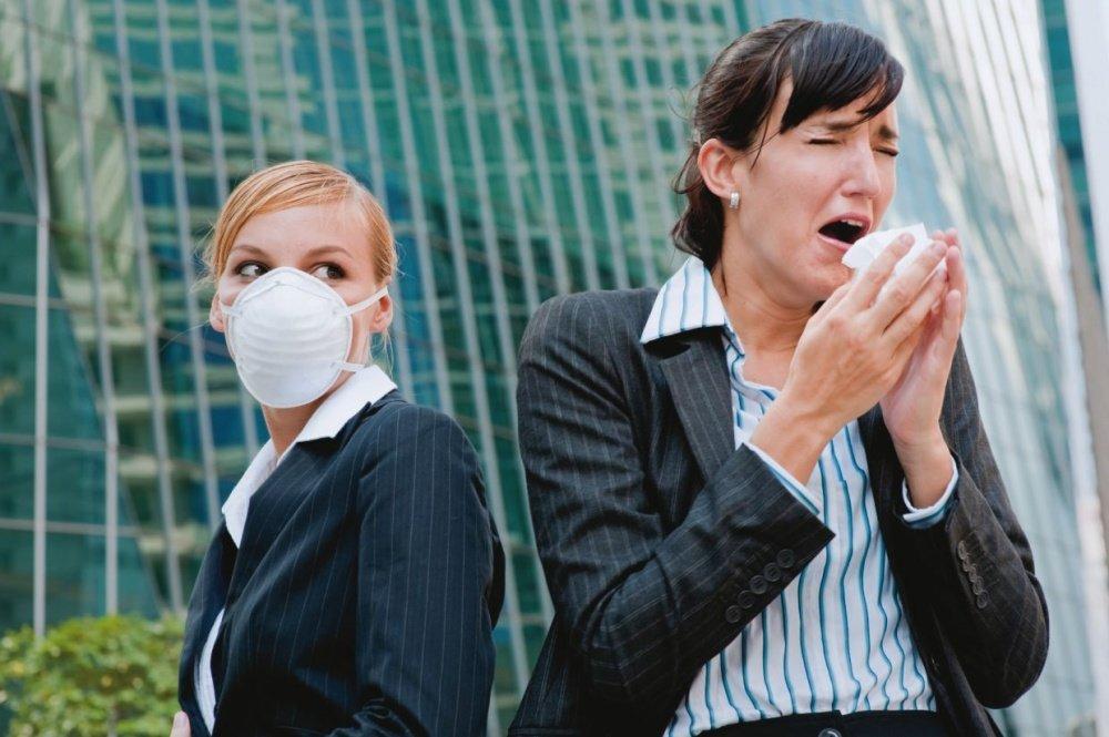 Заразна ли пневмония у взрослых и детей для окружающих людей