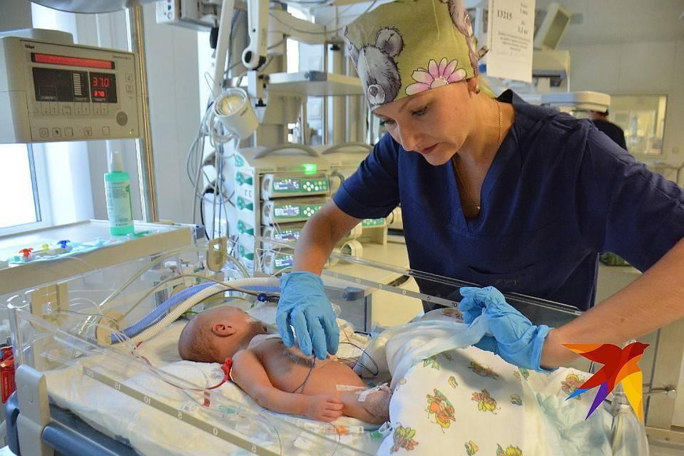 Пневмония у новорожденного: причины, симптомы, последствия / mama66.ru