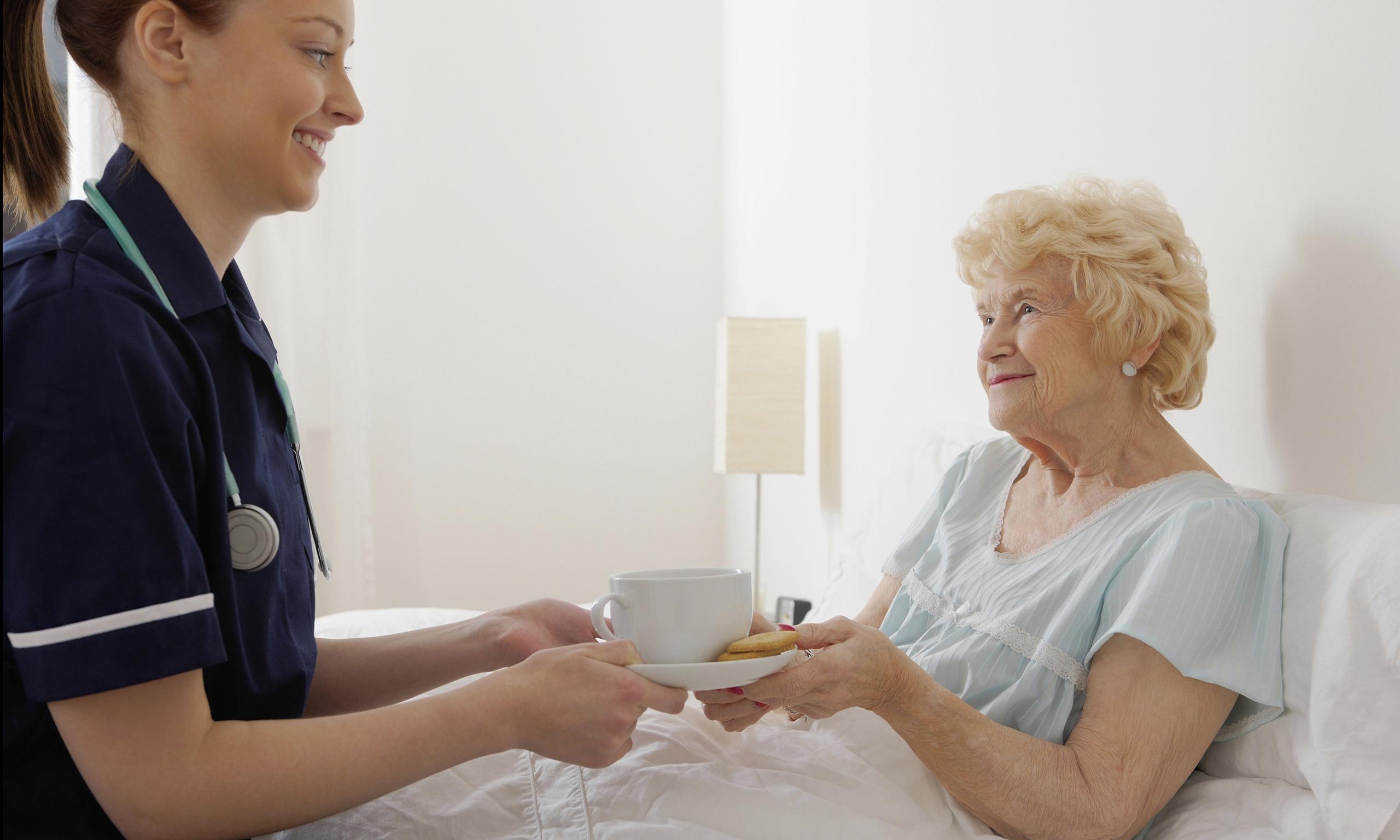 Пролежни: как лечить в домашних условиях, чем обрабатывать