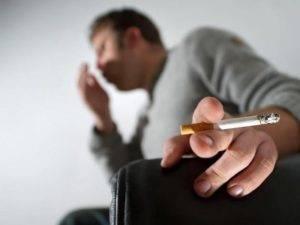 Можно ли курить при бронхите и как справиться с патологией курильщиков?