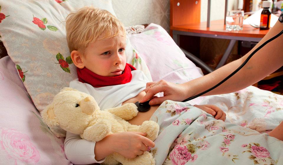 Симптомы и лечение пневмонии у детей 4-10 лет. как поможет народная медицина?