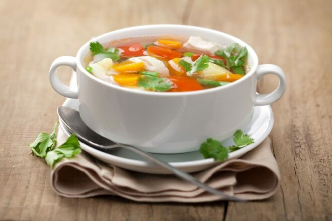 Как приготовить диетический бульон (куриный): домашние рецепты