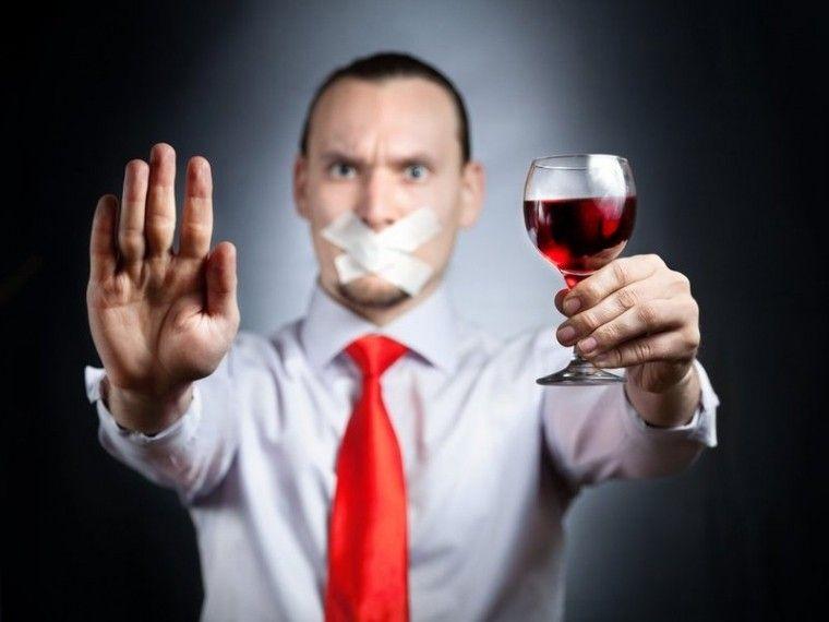Какова симптоматика алкогольной деменции и кто в группе риска?