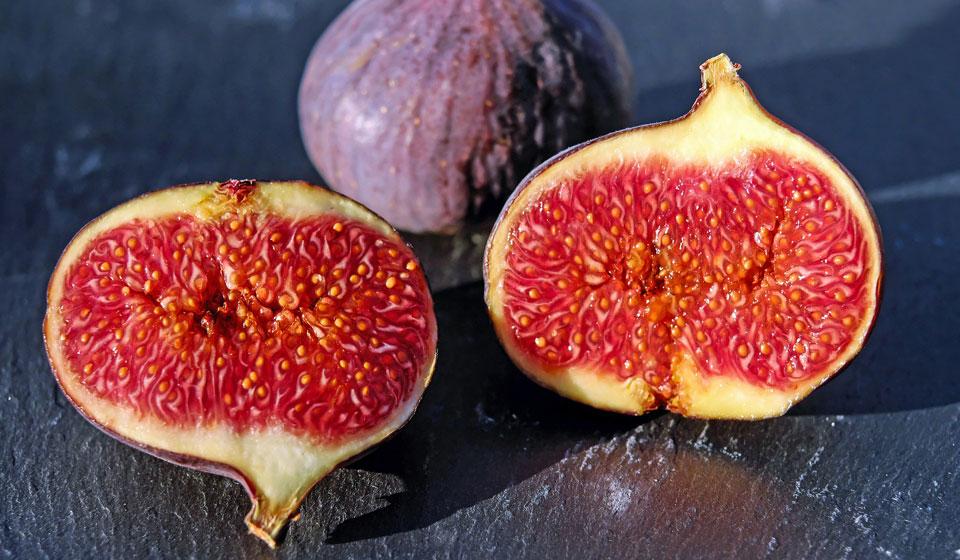 Финики при похудении — польза и вред сухофруктов, можно ли их есть на диете, калорийность