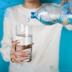 Так сколько, на самом деле, нужно пить воды в день? (нет, не 2 литра!)