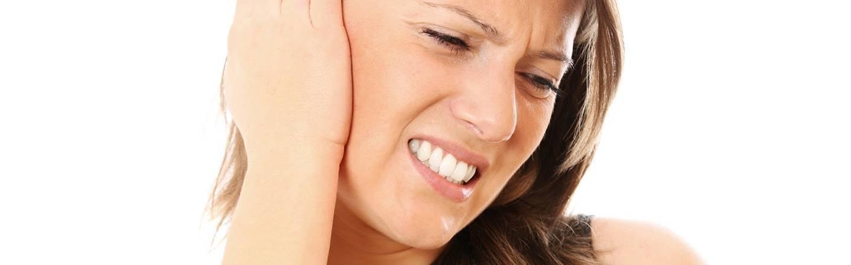 Причины возникновения и методы лечения пульсирующего шума в ухе