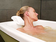 Как горячая ванна повлияет на ваш организм: омоложение и оздоровление