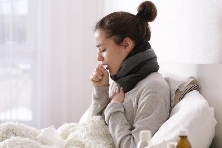 Вторую неделю не проходит кашель чем лечить