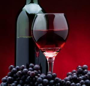 Ученые назвали вина, которые спасают от рака