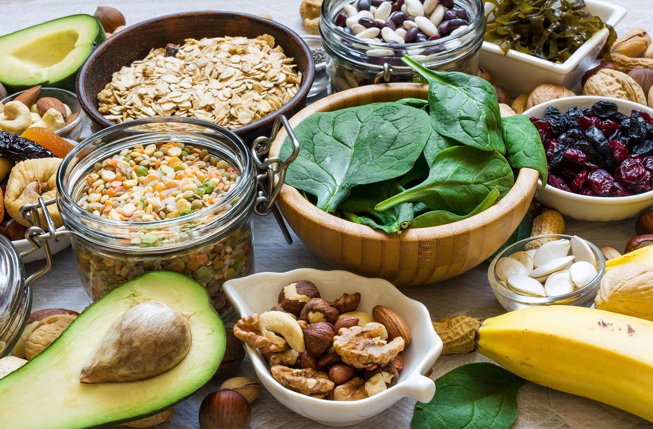 Основы питания футболистов: перечень полезных продуктов, меню и режим питания