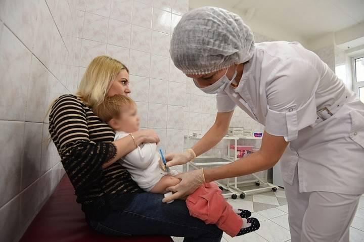 Что лучше сделать ребёнку - манту или рентген?