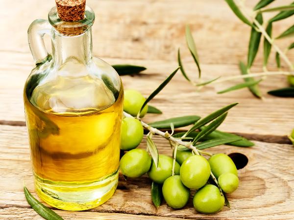 Чем полезно и как принимать оливковое масло