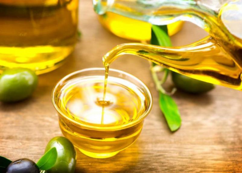 Оливковое масло натощак: польза и вред для похудения и печени