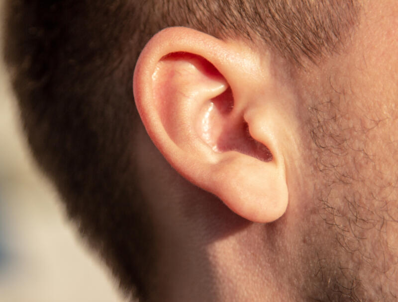 Заложены уши при простуде: как снять заложенность? методы лечения