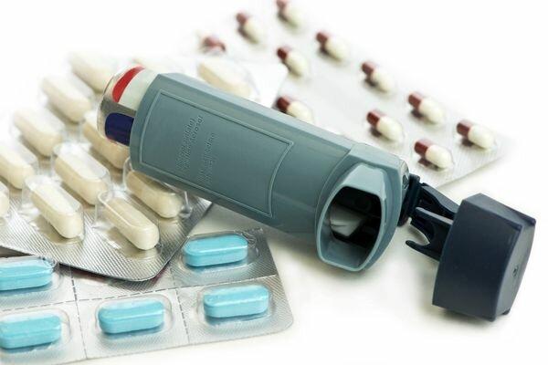 Астма: лечение антибактериальными препаратами. почему амоксициллин противопоказан при бронхиальной астме
