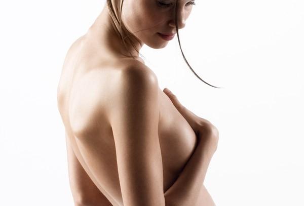 Причины выделений из молочных желез при беременности