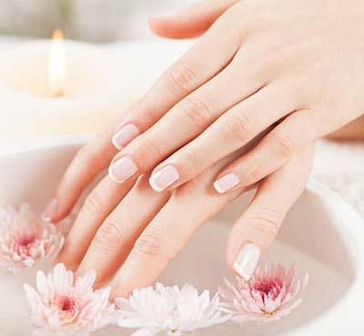 Заусенцы на пальцах: почему появляются и как избавиться в домашних условиях