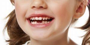 Симптомы прорезывания зубов у грудничков и сроки