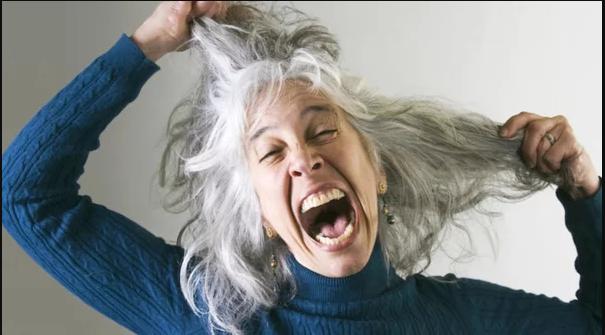 Почему седеют волосы и можно ли с этим бороться? объясняет врач-трихолог