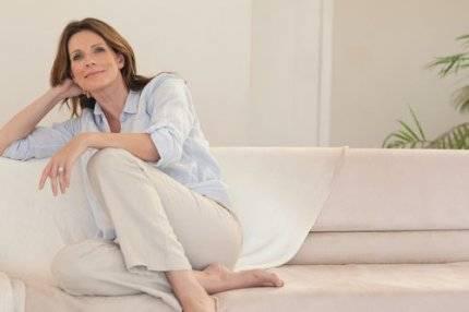 Недержание мочи при кашле и чихании у женщин