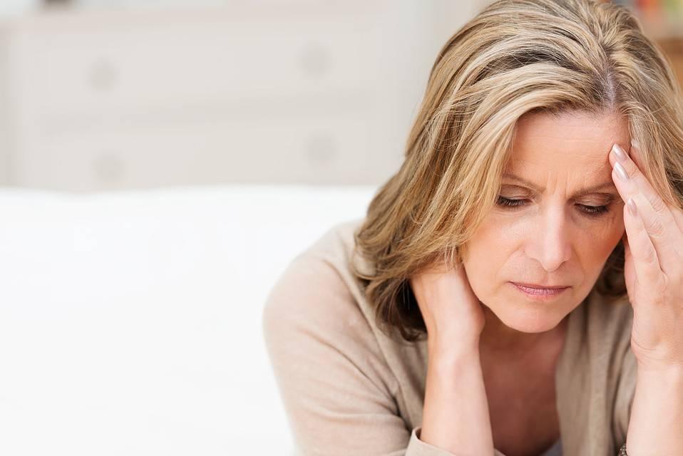 Менопауза у женщин: что это такое, возраст, симптомы, как облегчить состояние