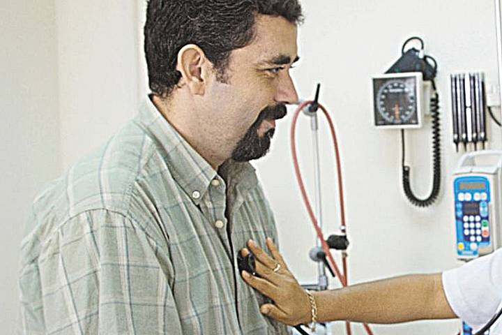 Причины возвращения температуры после лечения пневмонии
