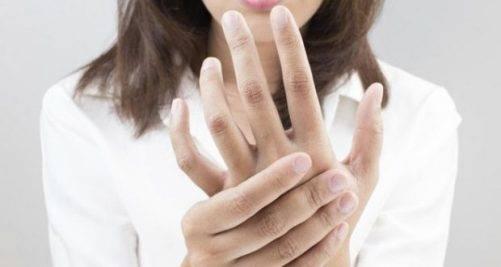 Немеют пальцы рук: причины и что делать. как лечить при беременности, если онемение ночью во сне. народные средства, препараты, гомеопатия, мази