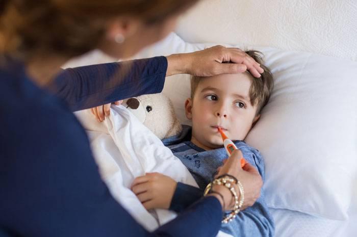 Какими симптомами проявляется воспаление легких у детей?