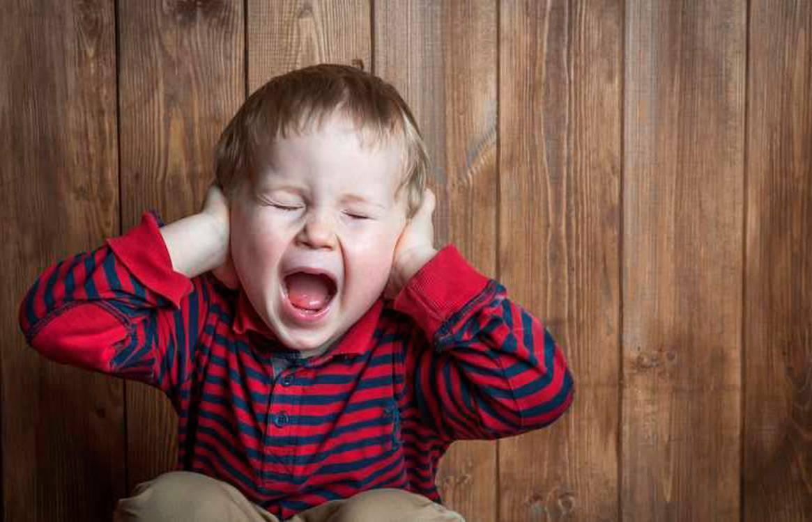 Острый отит у детей: симптомы и лечение