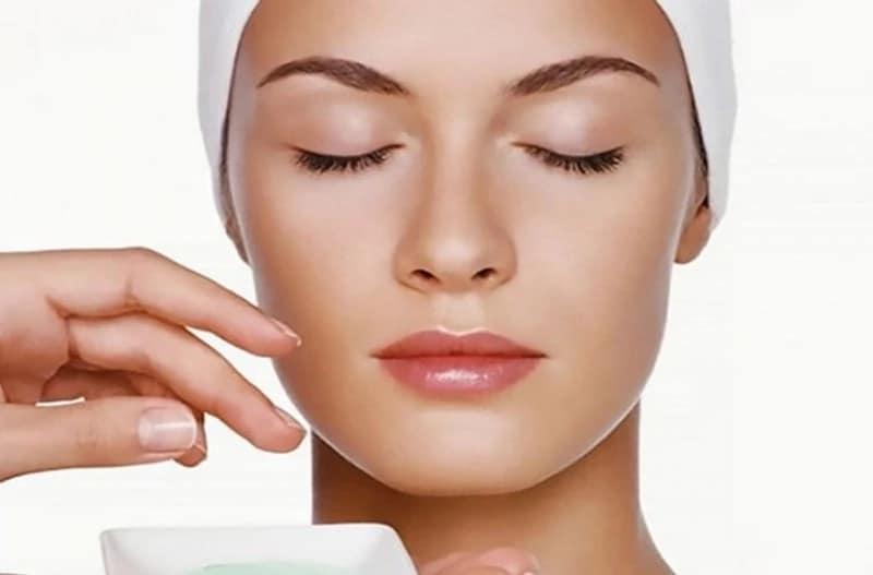Маски для сухой кожи лица дома: простой, но действенный уход