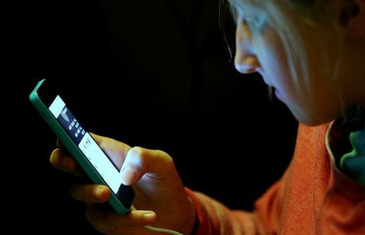 Вред телефона. каково влияние мобильных на здоровье человека?