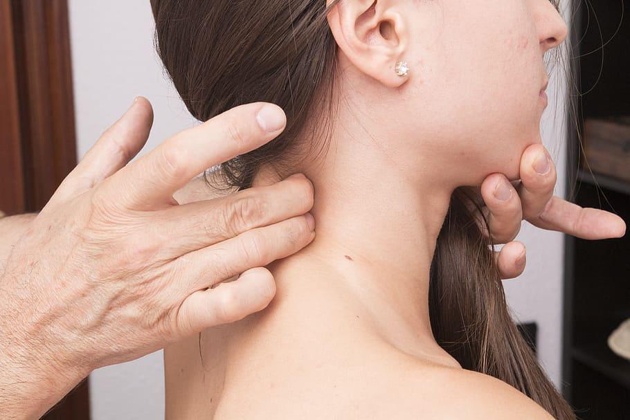 Полезная информация об остеохондрозе шейного отдела: причины, симптомы, методы лечения и многое другое