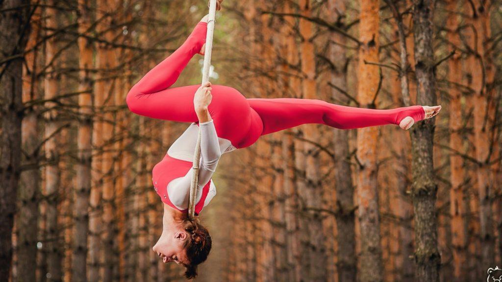 Вопрос (скорее опрос) мамам художестевнных гимнасток, фигуристок и вообще неравнодушных к спорту.