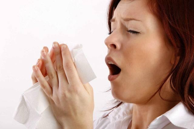 Приступы ночного сухого кашля у взрослых: причины и помощь