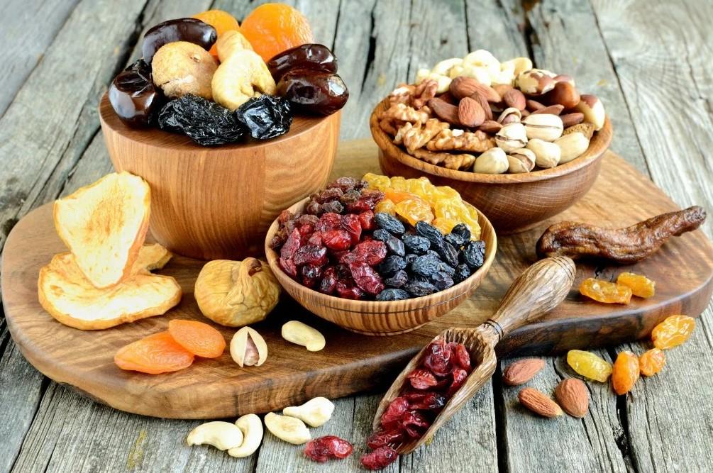 Можно ли на диете есть сухофрукты. какие сухофрукты можно есть при похудении и какие полезны