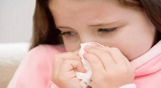Почему поднимается температура после прививки