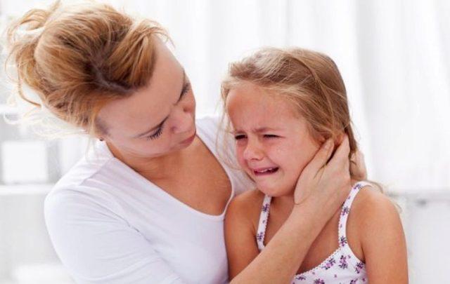 Нервный тик глаза причины и лечение у ребенка комаровский