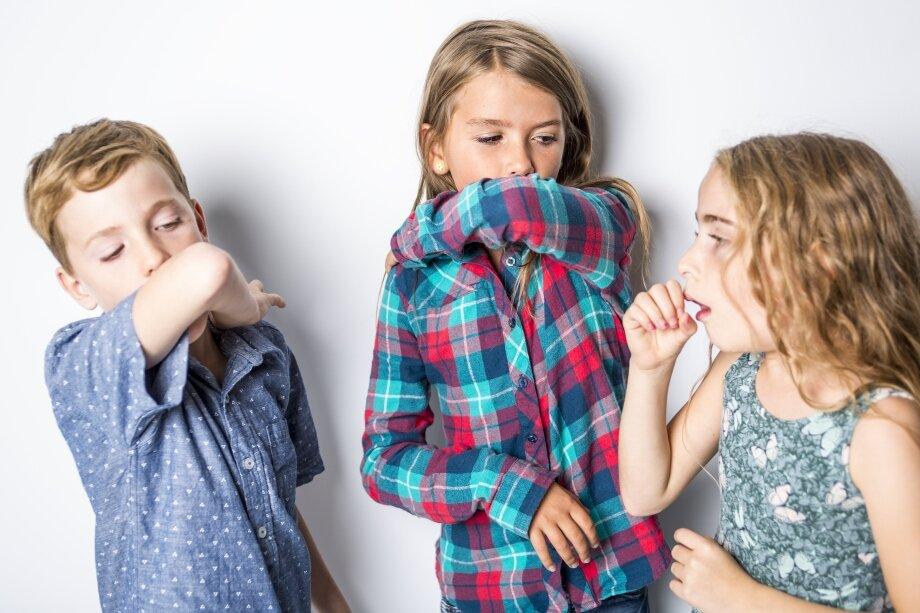 Кашель сухой-приступообразный: причины и лечение