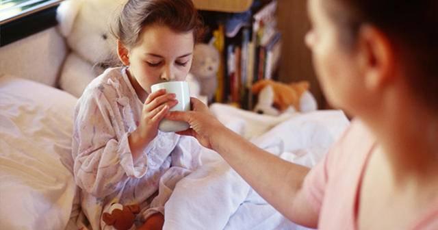 Почему кашель усиливается в вечернее время и что с ним делать?