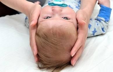 Кефалогематома у новорожденных на голове: причины, последствия, лечение, удалени