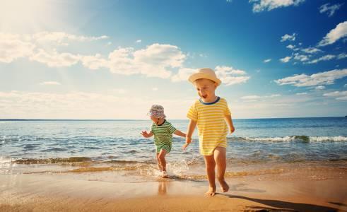 Дети и солнце: нужна ли защита?