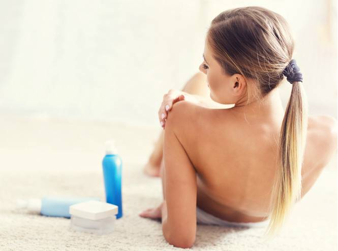Прыщи за ушами и на шее причины и лечение у взрослых женщин