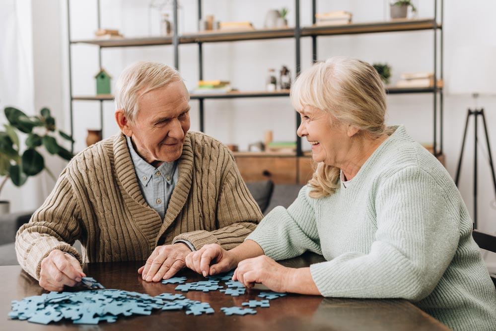 Как вести себя с больными деменцией: рекомендации близким