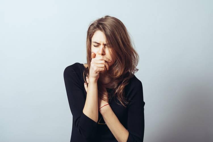 Приступы сухого кашля